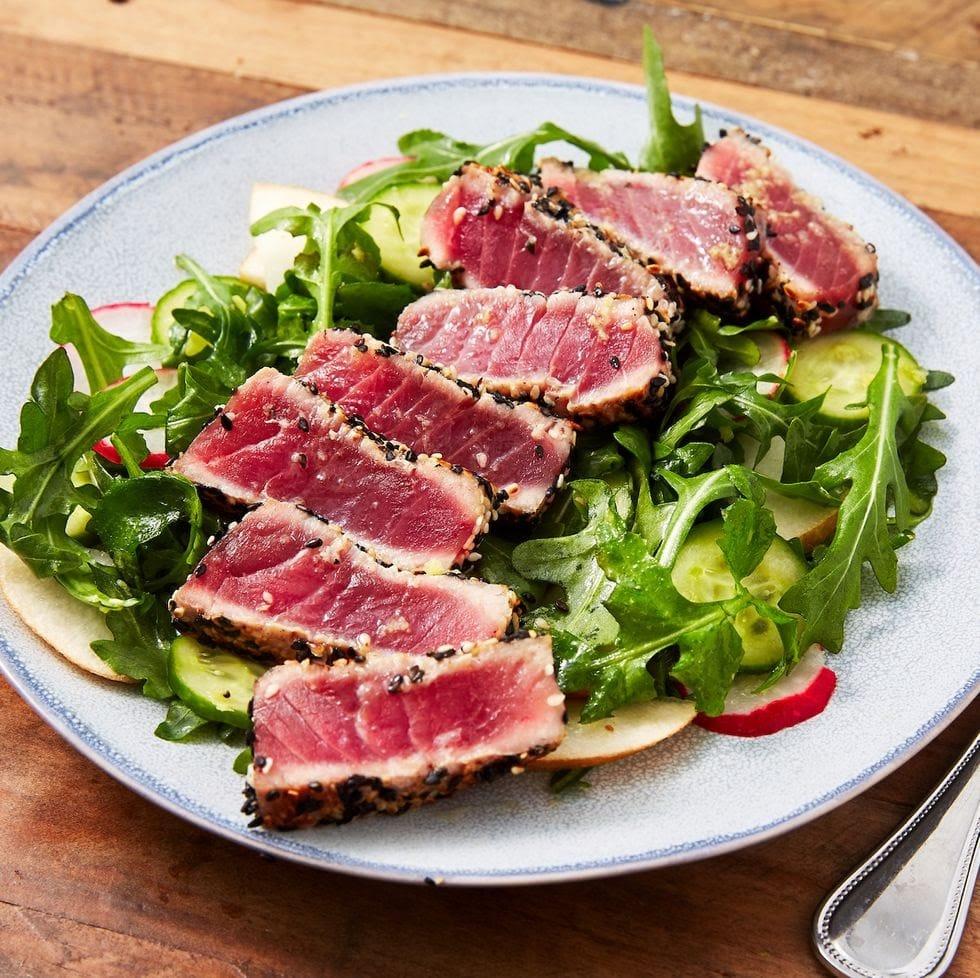 Seared Ahi Tuna and Arugula Pear Salad