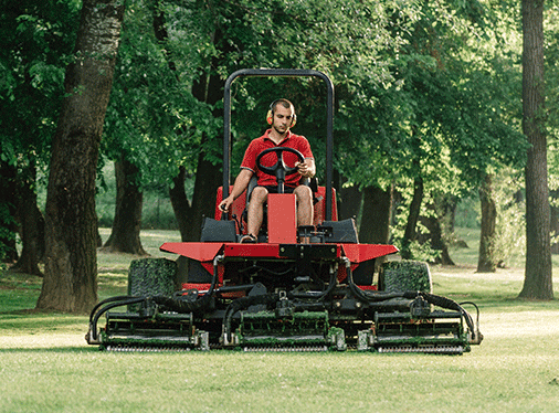 THE DANGERS OF RIDING LAWN MOWERS: ACCIDENTS HAPPEN!