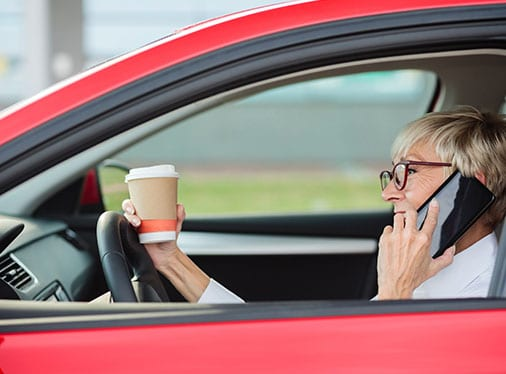 DISTRACTED DRIVING: KNOW THE 4 TYPES